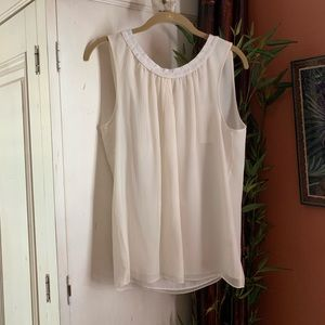 NEW! Banana Republic cream silk chiffon tank